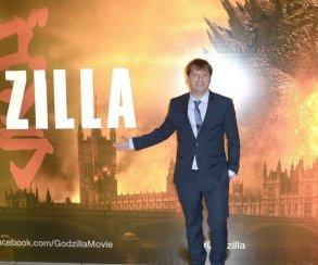 Режиссер «Годзиллы» и сценарист Prey снимут спин-офф «Звездных войн»