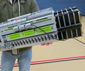LEGO-версия BFG 9000 из DOOM весит 9 кг