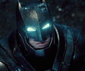 Насколько силен Бэтмен в киновселенной DC?