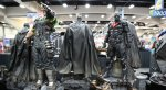 Первые фото с Комик-кона показали много Бэтмена и череп Чужого - Изображение 14