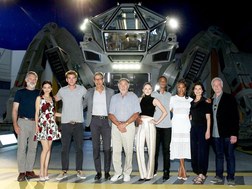 Герои «Дня независимости 2» готовы к обороне от пришельцев - Изображение 2