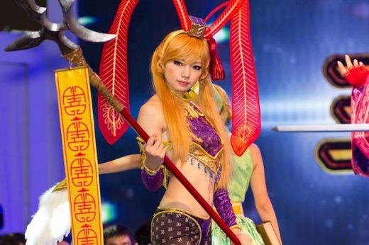 Девушки с Asia Game Show 2012 - Изображение 20