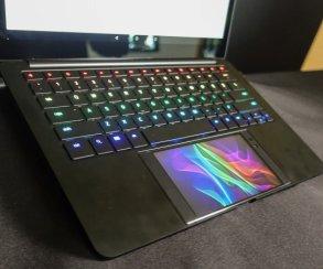 Звучит любопытно: Razer хочет превратить свой смартфон вигровой ноутбук