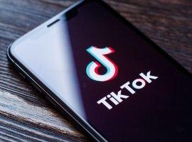TikTok опередил Facebook истал вторым всписке самых скачиваемых приложений. Угадайте, кто первый