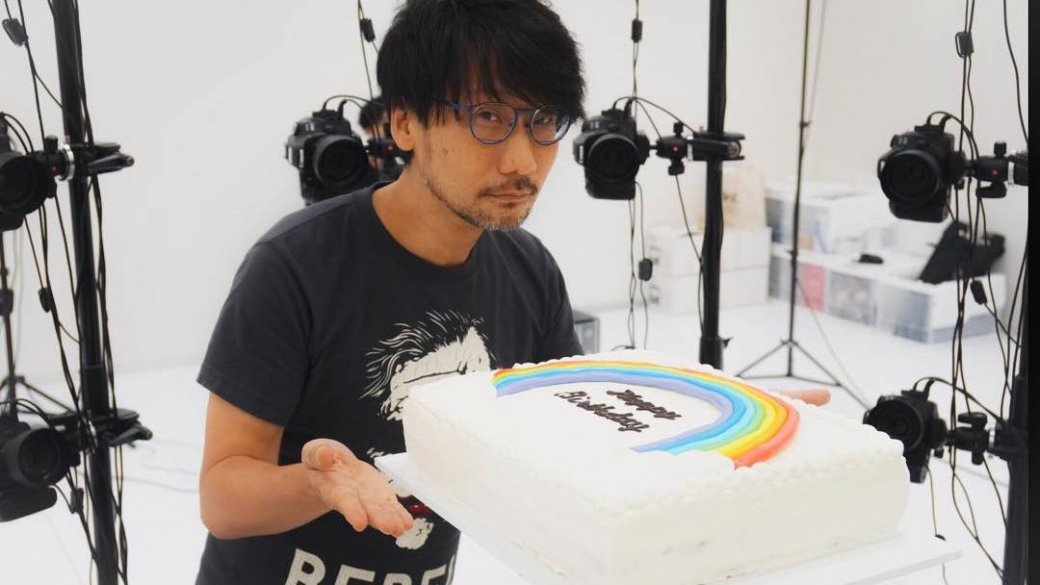 «Сднем рождения, босс!» Как Хидео Кодзиму поздравляли с55-летним юбилеем | Канобу - Изображение 1