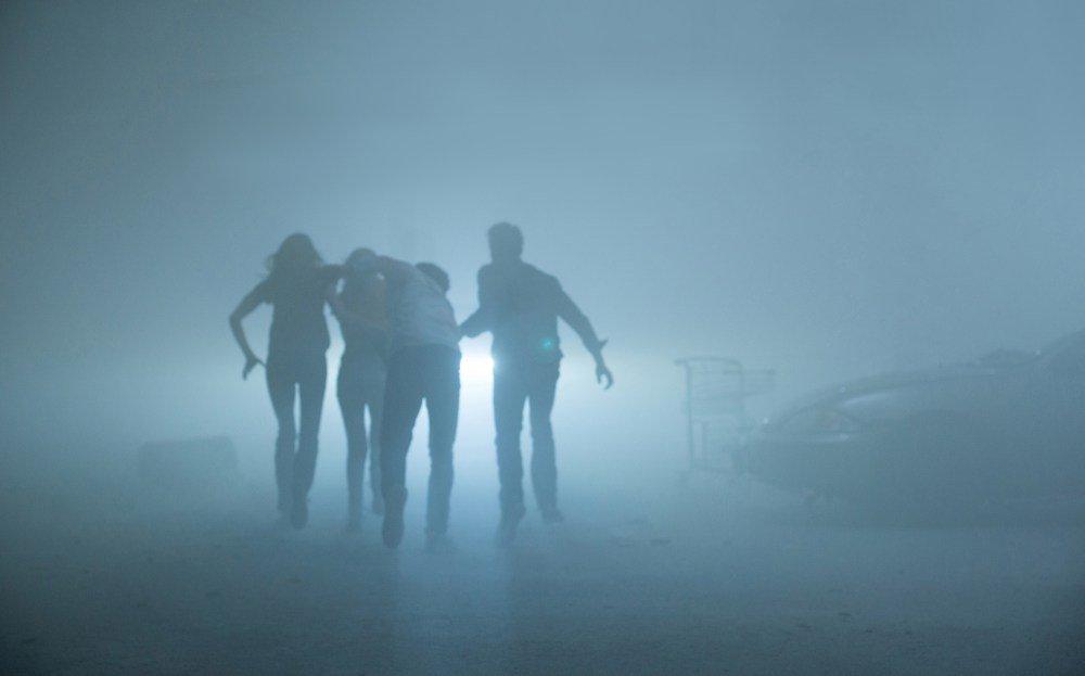 Кто прав? Сериал «Мгла» по Стивену Кингу ругают критики и хвалят гики | Канобу - Изображение 3690