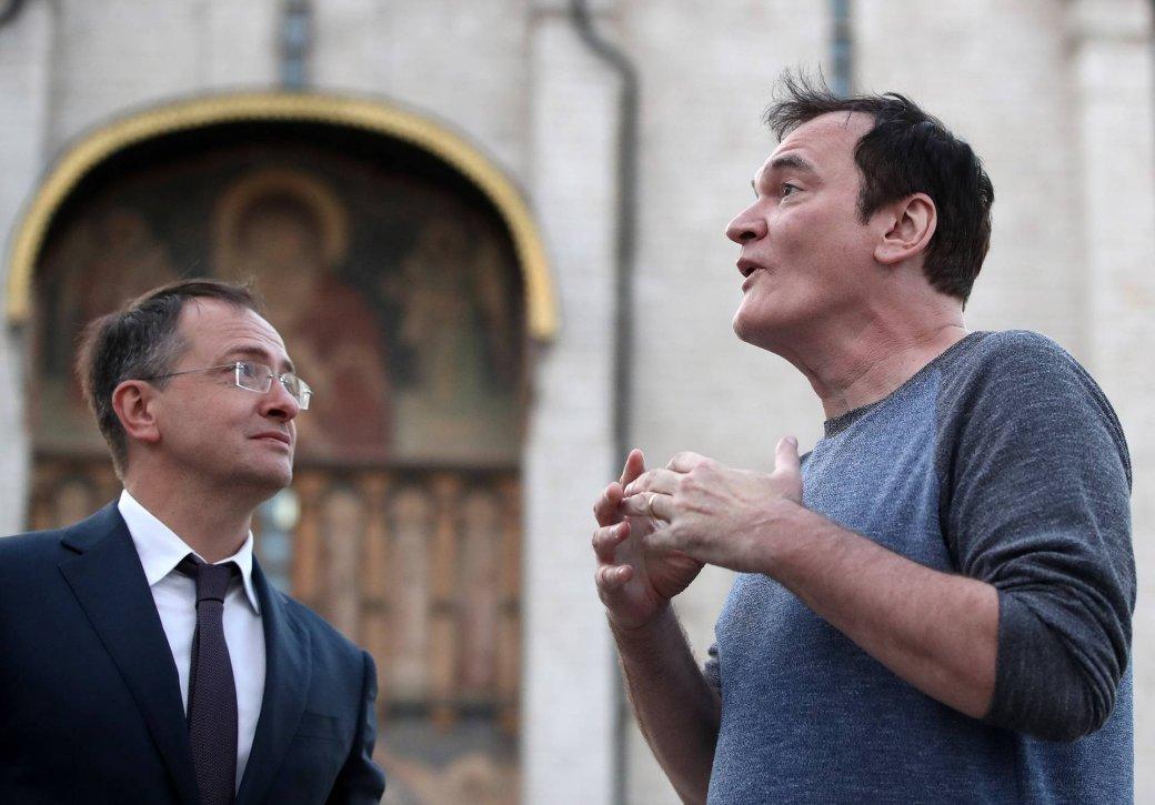 Квентин Тарантино посетил Москву! Мединский провел ему экскурсию | Канобу - Изображение 8