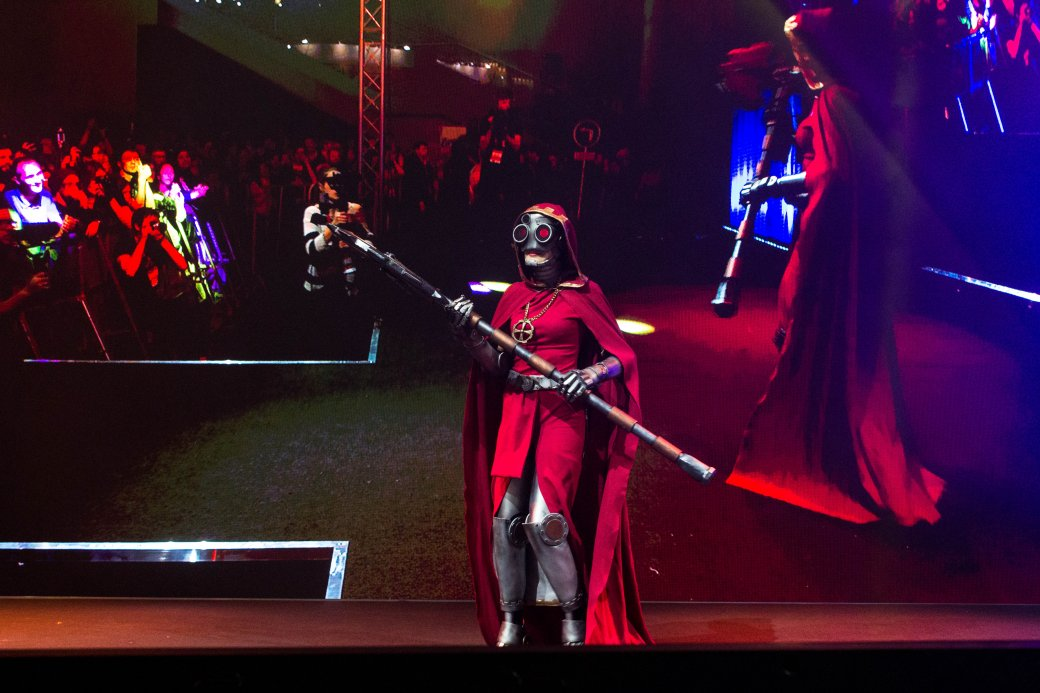 Dark Souls, «Ведьмак» и герои Marvel. Косплей наComic Con Russia и«Игромире» 2019 | Канобу - Изображение 11154