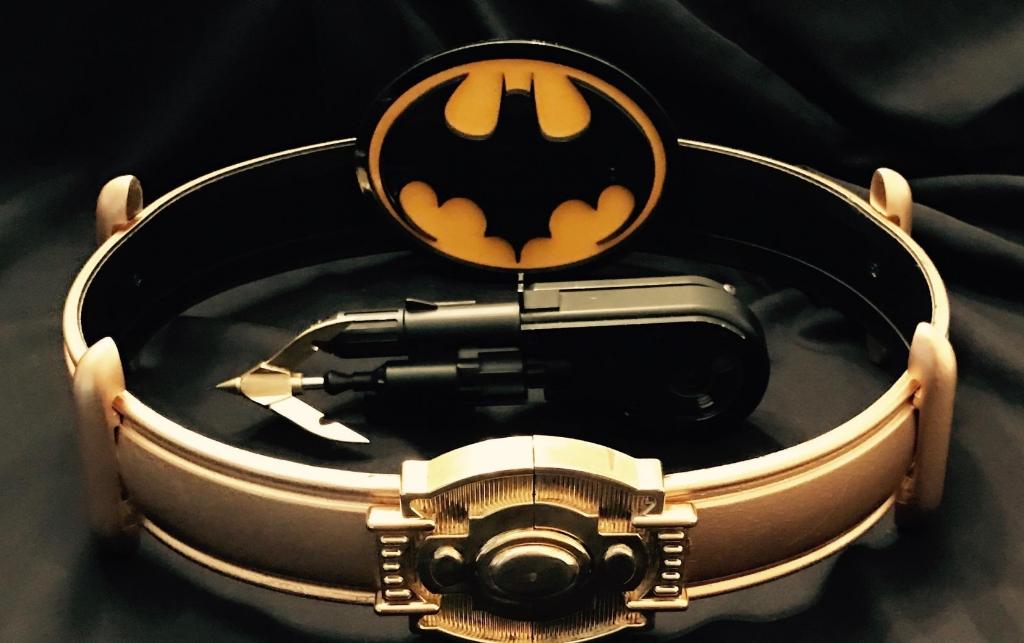 Отпистолета Хеллбоя доБэт-кредитки: самые крутые ибезумные гаджеты супергероев вистории кино | Канобу - Изображение 2824