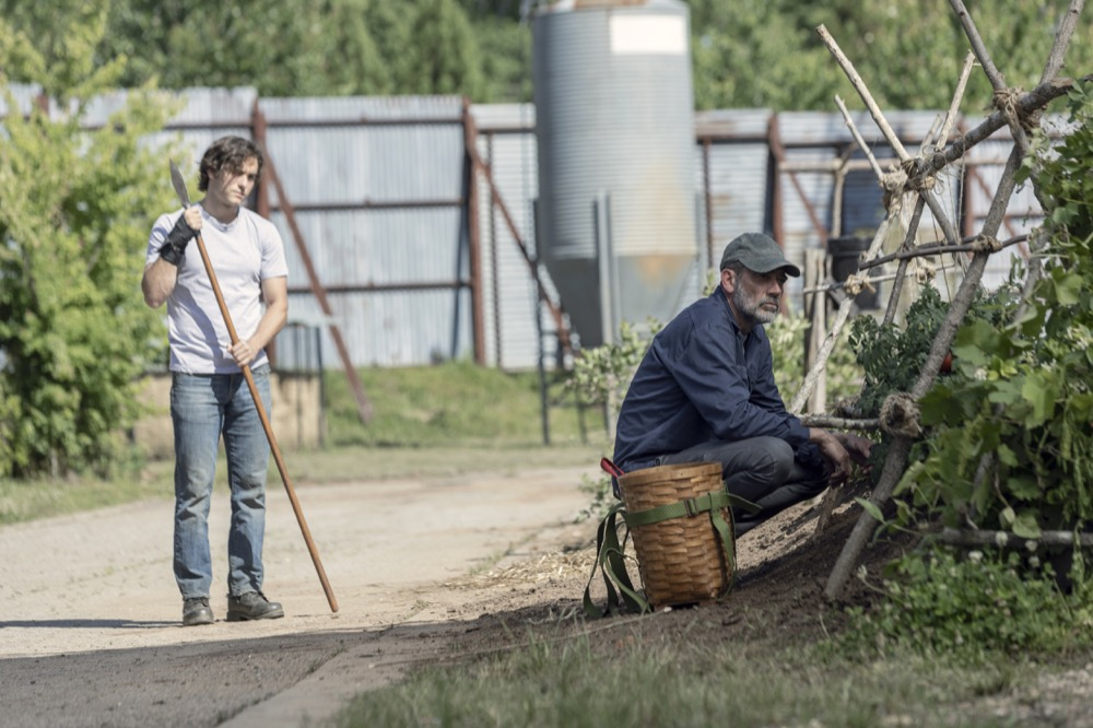 Ниган наволе?! Новые кадры 10 сезона «Ходячих мертвецов» вызывают вопросы   Канобу - Изображение 4229