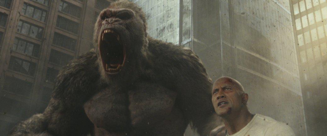 Огромные, жуткие животные иотважный Дуэйн Джонсон нановых кадрах фильма «Рэмпейдж». - Изображение 12